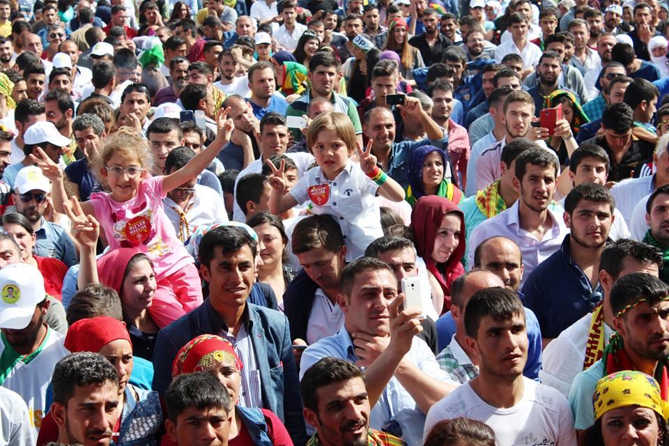 İç Anadolu'da binler HDP dedi