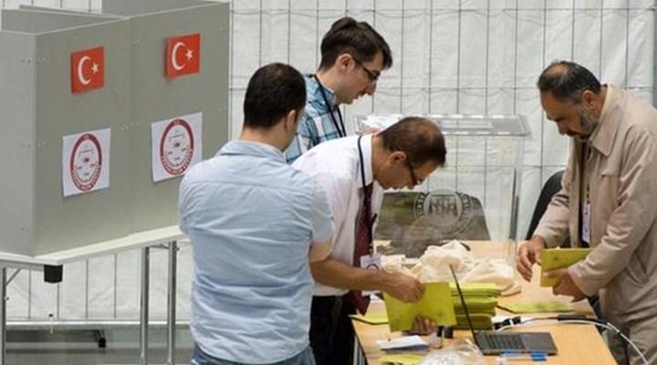 Diyanet imamı Hasan Tüfek başkasının yerine oy kullanırken yakalandı!