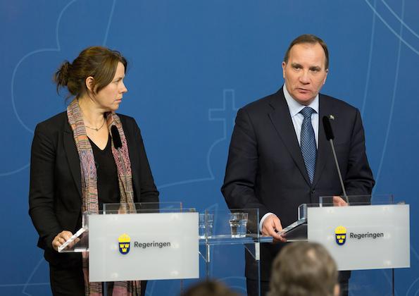 """İsveç, aile birleşimi için """"gelir yeterliliği"""" isteyecek"""