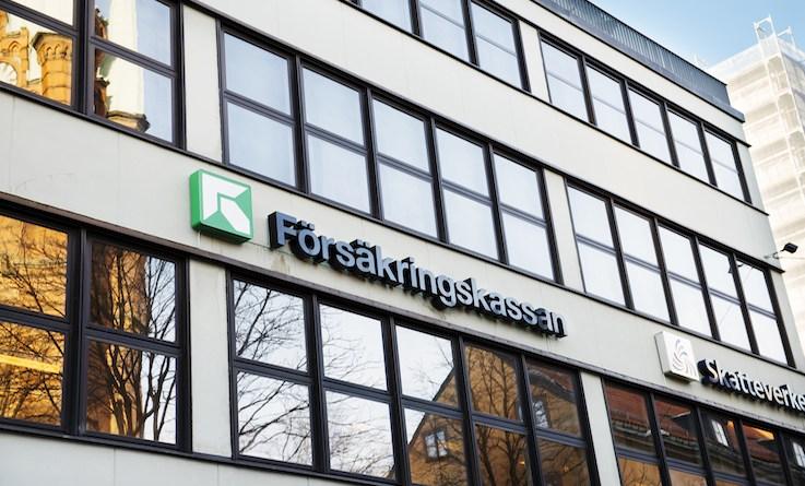 İsveç'te göçmen kökenliler, hastalık parasından daha az yararlandırılıyor