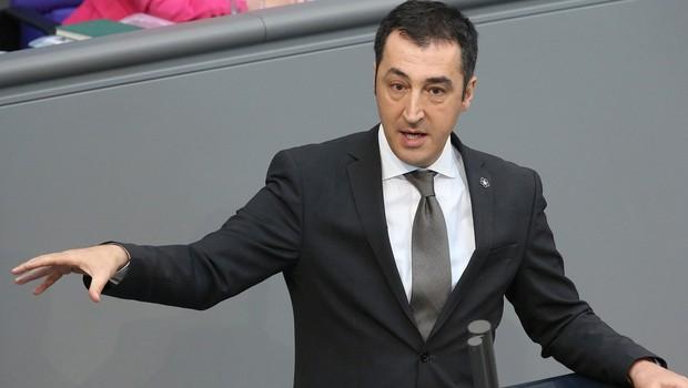 Almanya'da 11 Türkiye kökenli milletvekiline polis koruması