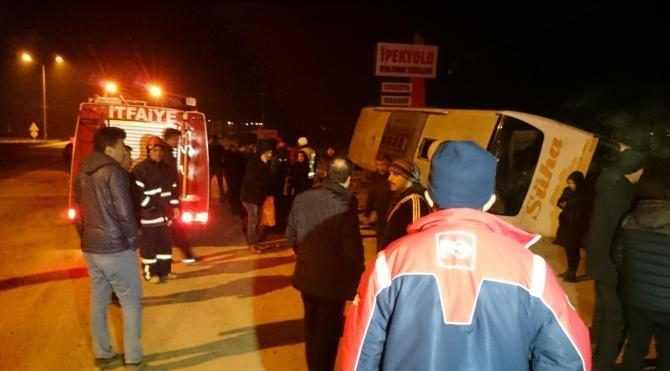 Konya'da otobüs ile otomobil çarpıştı: 6 yaralı