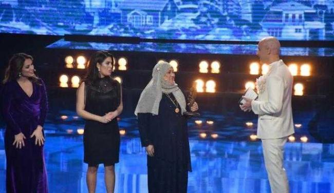 İsveç'te 'Yılın Kahramanı' seçilen Fatma teyze konuştu