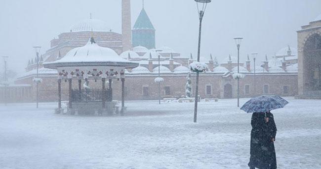 Meteorolojiden soğuk hava uyarısı: Konya'ya kar geliyor!