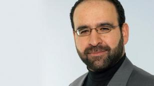 Mehmet Kaplan istifa etti