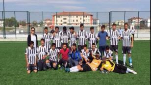 Yeniceoba Lisesi Futbol Takımı Finale Yükseldi