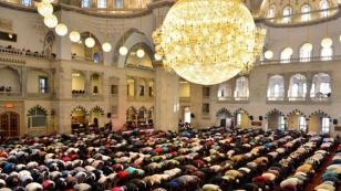 Ramazan Bayramı namazı sabah saat kaçta kılınacak?