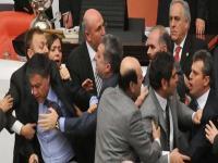 Kadın vekilleri Mecliste rahatsız eden konu