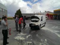 Cihanbeyli'de Araç Yangını