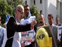 Eğitimciler AKP balonlarını patlatıp kalemlerini bıraktı