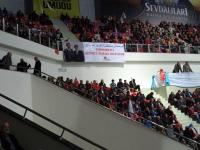 Ak Parti kongresinde dikkat çeken Osmanlıca pankart