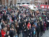 İsveç'te cami kundaklama olayları protesto edildi