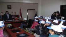 Minik öğrenciler polisi ziyaret etti