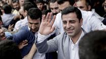 Demirtaş: AKP'ye tavsiyem, 'bismillah' değil 'tövbe estağfurullah'