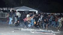 Antalya´da 'Barış İçin Evet´ çadırına polis müdahale etti