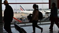 Danimarka'da dua eden Müslüman uçaktan atıldı