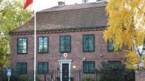 Türkiye'nin Stockholm Büyükelçiliği'nde pasaport başvuruları geçici olarak durduruldu