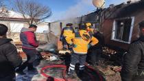 Yeniceoba'da Ev Yangını ; 1 Ölü
