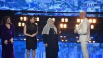 İsveç'te ''Yılın Kahramanı'' seçilen Fatma teyze konuştu